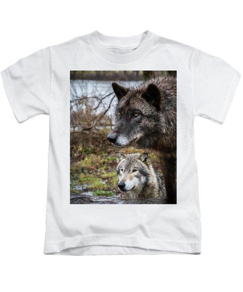 Dual Wolves Kids T-Shirt