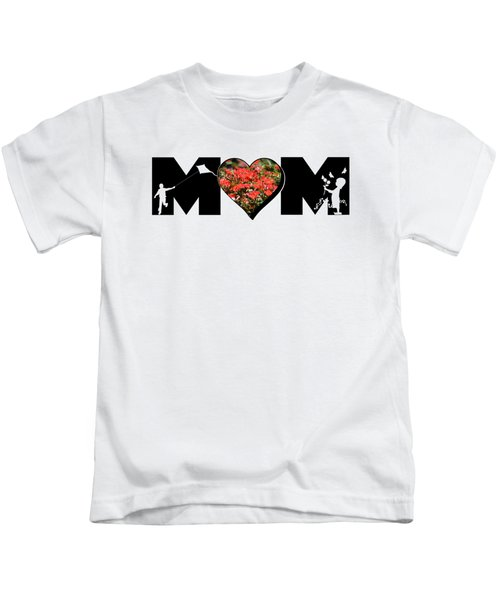 Little Girl And Boy Silhouette In Mom Big Letter With Cluster Of Red Roses In Heart Kids T-Shirt