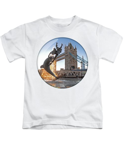 Lost In A Daydream - Floating On The Thames Kids T-Shirt