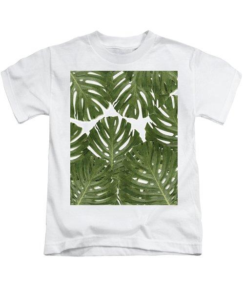 Monstera Leaf Pattern - Green - Tropical, Botanical Design - Modern, Minimal Decor Kids T-Shirt