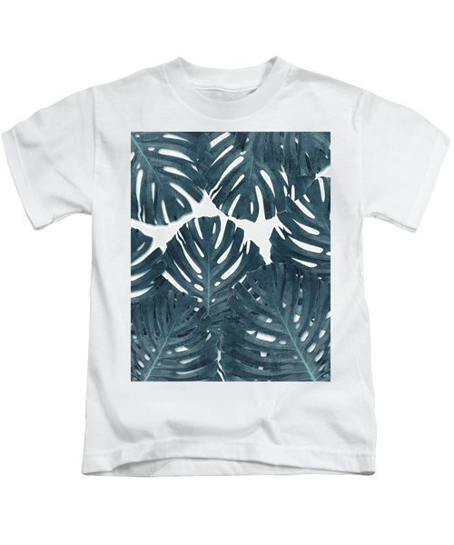 Monstera Leaf Pattern - Tropical Leaf Pattern - Blue - Tropical, Botanical - Modern, Minimal Decor Kids T-Shirt
