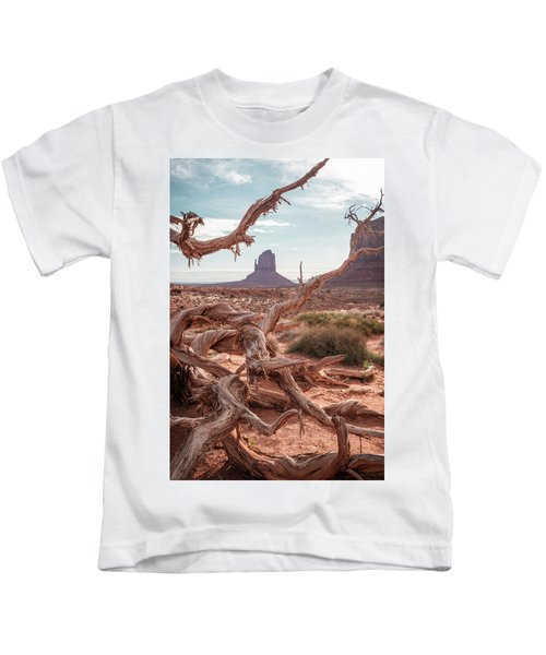 Monument Valley II Kids T-Shirt