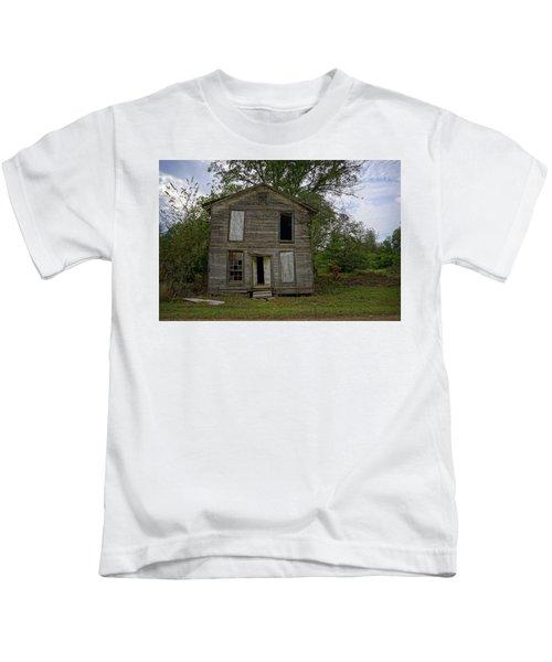 Old Masonic Lodge In Ruins Kids T-Shirt