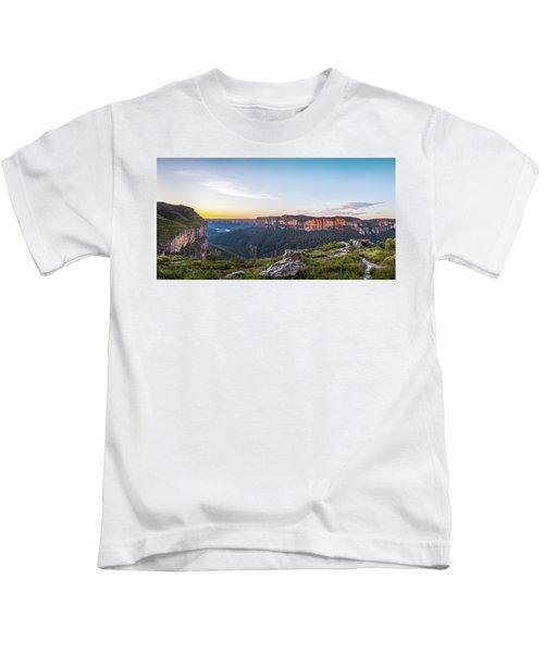 Pierces Dawn Kids T-Shirt
