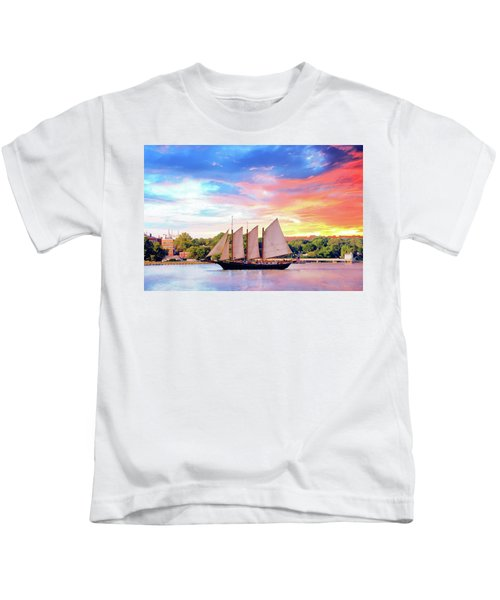 Sails In The Wind At Sunset On The York River Kids T-Shirt