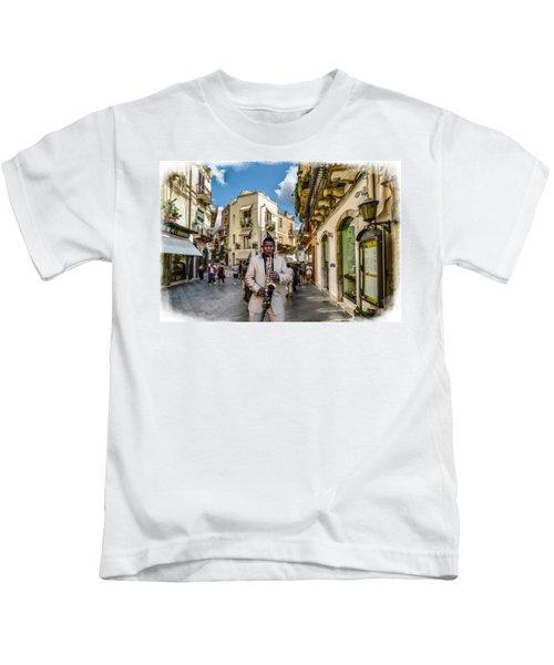 Street Music. Saxophone. Kids T-Shirt