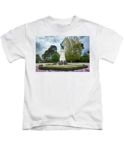 The Fountain Of The Fallen Angel In Madrid Kids T-Shirt