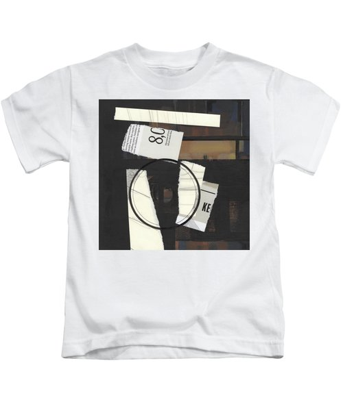 Torn Beauty No. 5 Kids T-Shirt