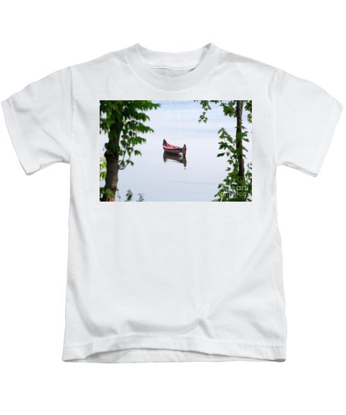 Traditional Birch Bark Canoe On A Mooring Ball In Chambly Basin Kids T-Shirt