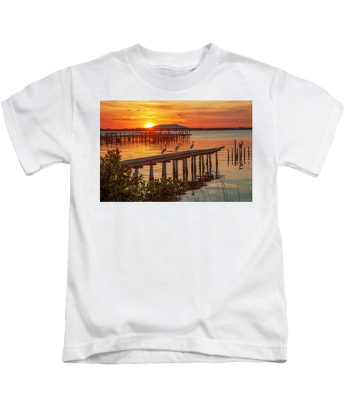 Watching The Sunset Kids T-Shirt