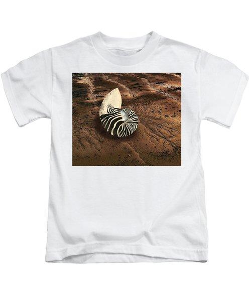 Zebra Nautilus Shell On The Sand Kids T-Shirt