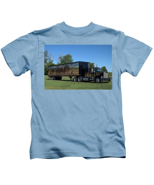 Smokey And The Bandit Tribute 1973 Kenworth W900 Black And Gold Semi Truck Kids T-Shirt