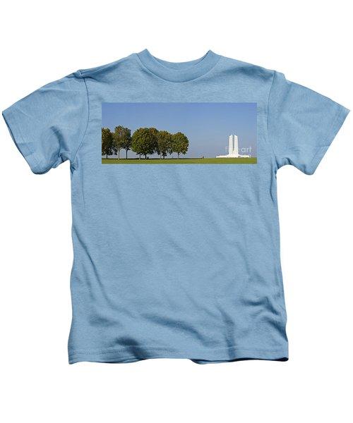 130918p135 Kids T-Shirt