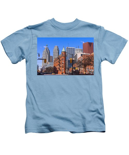 Flatiron Building In Toronto Kids T-Shirt