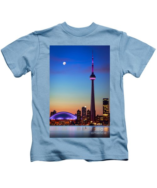 Cn Tower At Dusk Kids T-Shirt