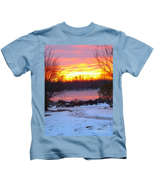 Fire And Ice Sunrise On The Delaware River Kids T-Shirt