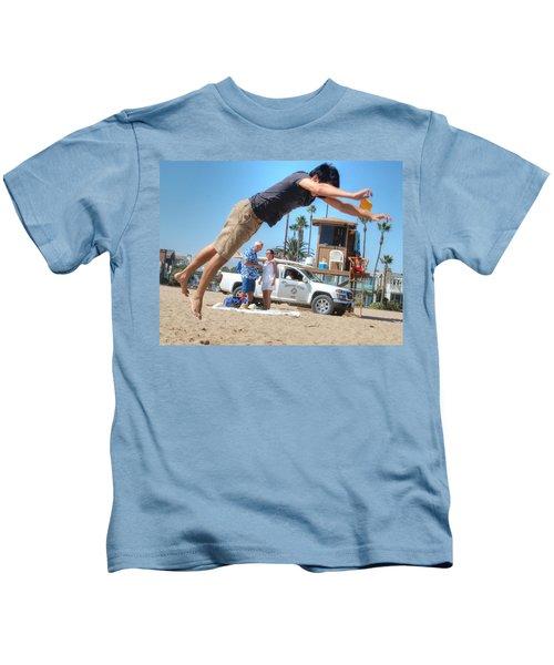 Flying Tourist Kids T-Shirt