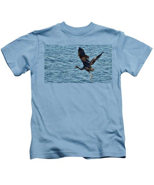 Heron In Flight Kids T-Shirt