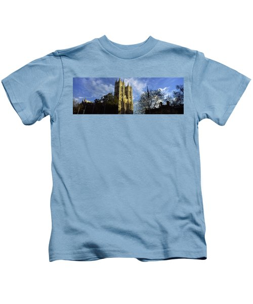 Low Angle View Of An Abbey, Westminster Kids T-Shirt