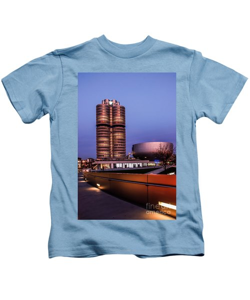 munich - BMW office - vintage Kids T-Shirt