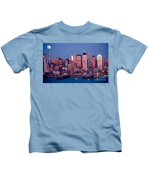 New York Skyline At Dusk Kids T-Shirt