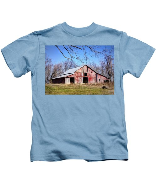 Red Barn On The Hill Kids T-Shirt