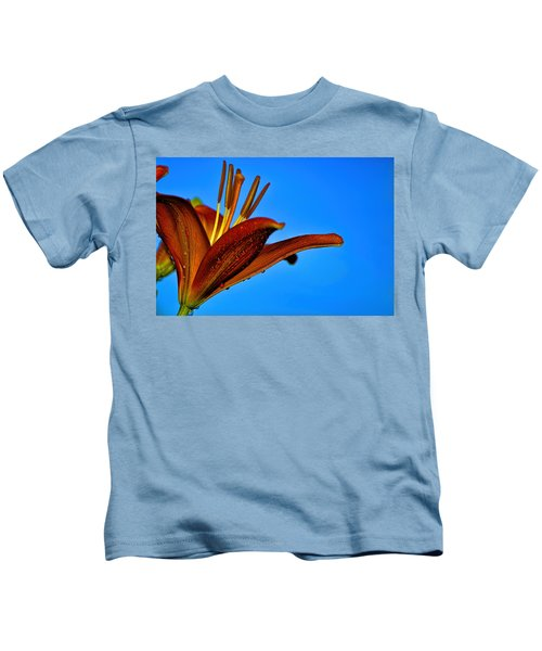 Thirsty Lily In Hdr Art  Kids T-Shirt