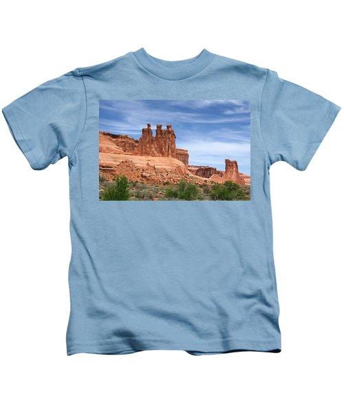 Three Gossips - Arches National Park Kids T-Shirt