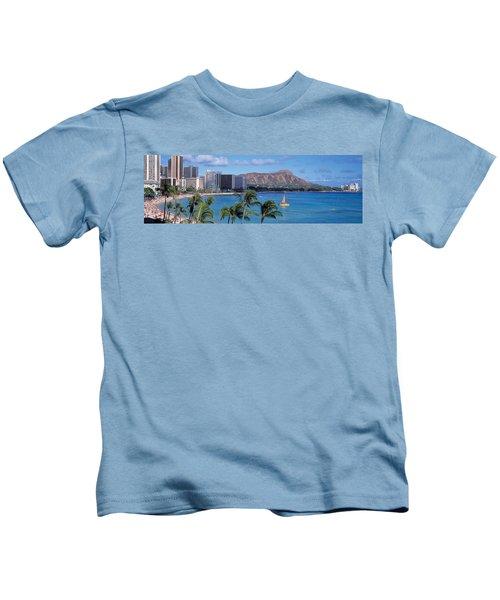 Waikiki Beach, Honolulu, Hawaii, Usa Kids T-Shirt