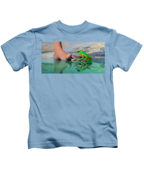 Amazon Tree Frog Curiosity Kids T-Shirt