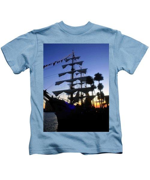 Arc Gloria In Tampa Bay Kids T-Shirt