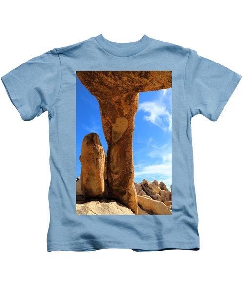 Arch Rok Looking Inside Sideway Kids T-Shirt
