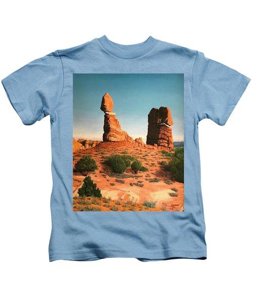 Balanced Rock At Arches National Park Kids T-Shirt