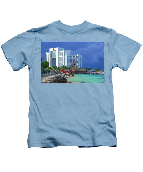 Beach Life In Cancun Kids T-Shirt