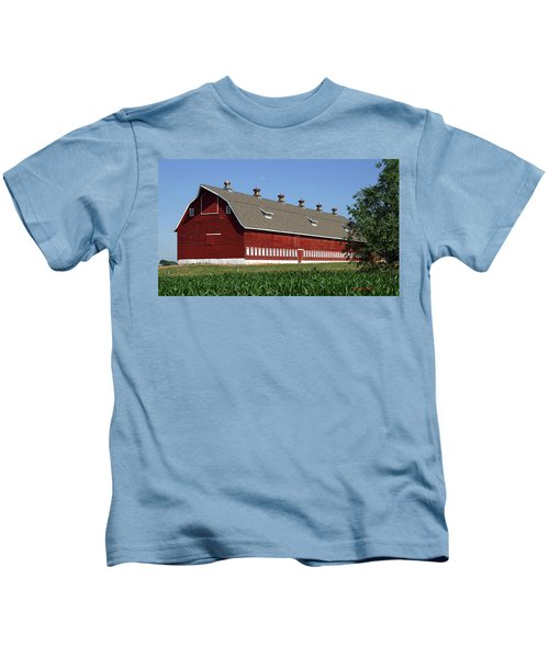 Big Red Barn In Spring Kids T-Shirt