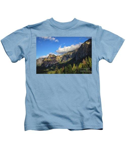 Bridalveil Fall Kids T-Shirt