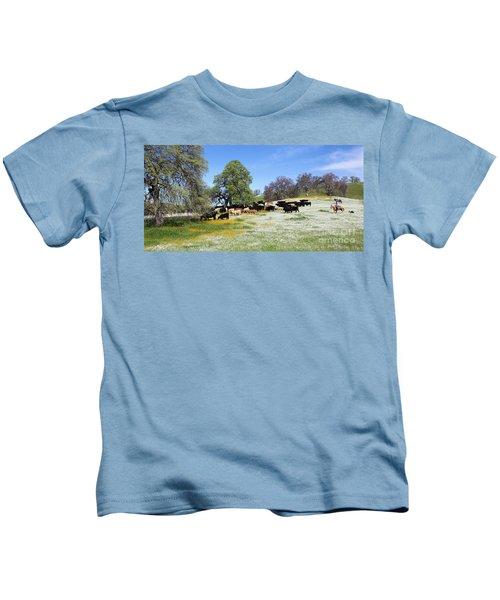 Cattle N Flowers Kids T-Shirt
