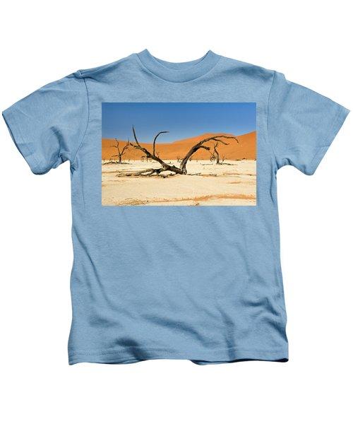 Deadvlei With Tree Kids T-Shirt