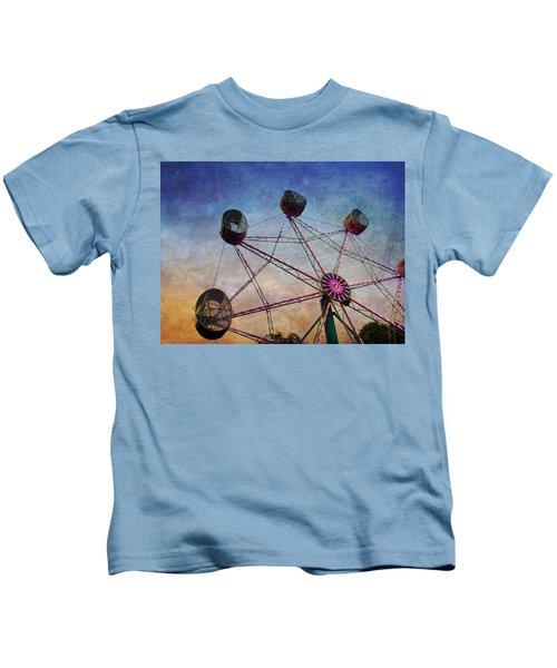 Kids T-Shirt featuring the photograph Ferris Wheel by Chris Montcalmo