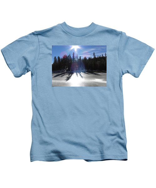 Sun Reflecting Kiddie Pond Divide Co Kids T-Shirt