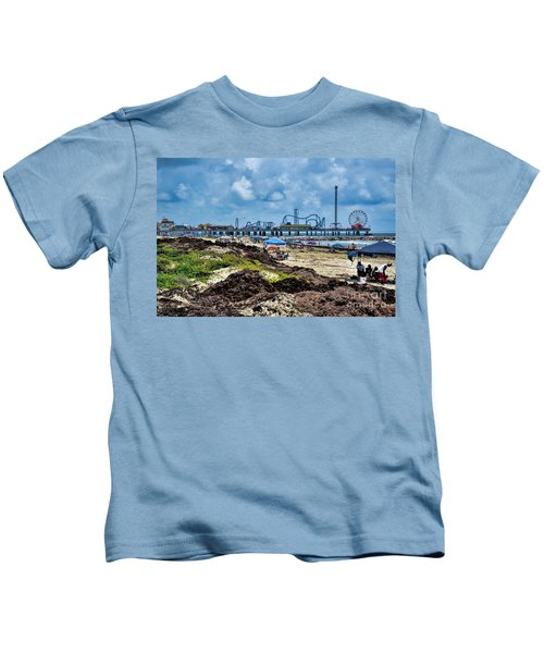 Fun On The Beach Kids T-Shirt