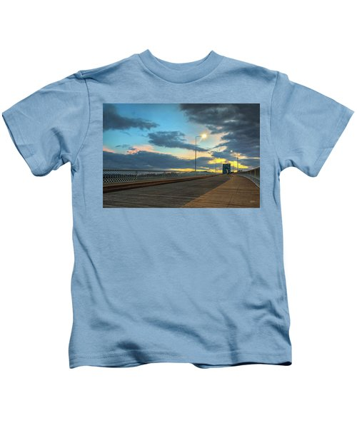 Last Light And Color Over Walnut Kids T-Shirt