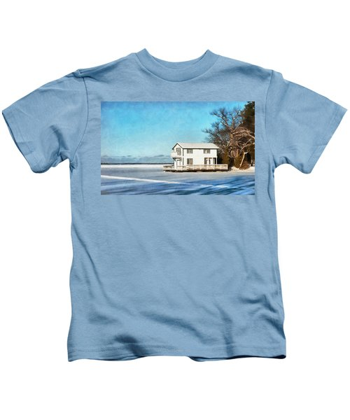 Leacock Boathouse In Winter Kids T-Shirt