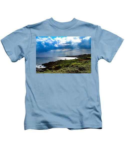 Light Streams On Kauai Kids T-Shirt