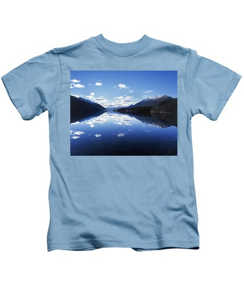 South Mavora Lake, Southland, New Zealand. Kids T-Shirt