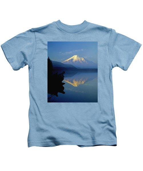 1m4907-v-mt. St. Helens Reflect V  Kids T-Shirt