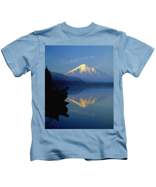 1m4907-v-mt. St. Helens Reflect V  Kids T-Shirt
