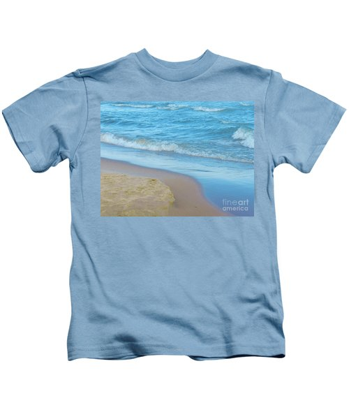 Neshotah Beach 4 Kids T-Shirt