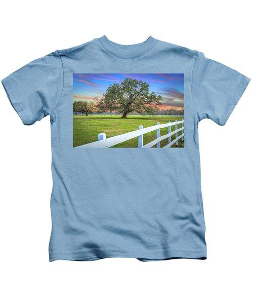 Oak Alley Signature Tree At Sunset Kids T-Shirt