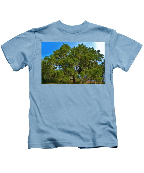 Oak Tree With Spanish Moss Kids T-Shirt